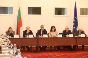 """В Народното събрание се проведе кръгла маса на тема: """"Да сведем до нула астматичните пристъпи"""""""
